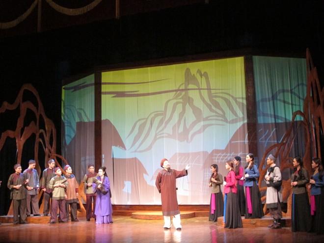 Lớp chèo xuất hiện trong vở diễn