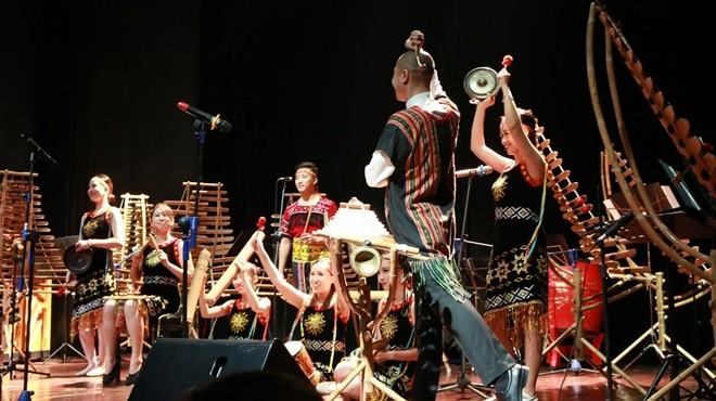 Đêm nhạc diễn ra vào ngày 7 và ngày 8-12 tại Trung tâm Văn hóa Pháp