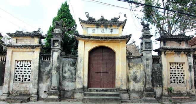 Cảnh quan đẹp mắt của làng Cựu. Ảnh: Hồng Hạnh