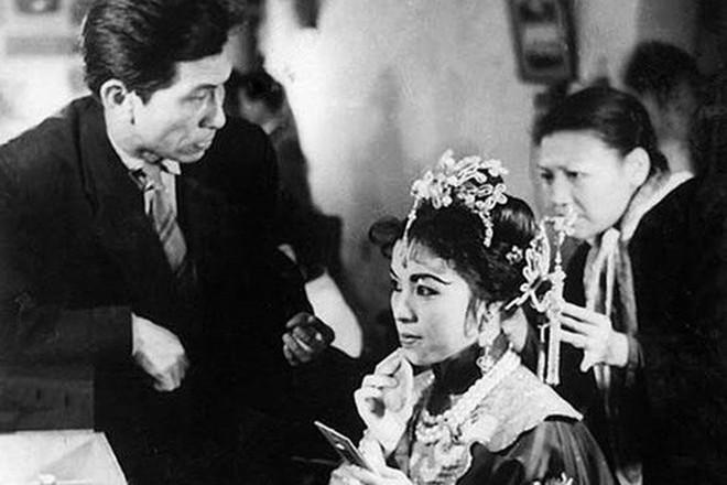 """""""Kịch Tây"""", thảo luận về sân khấu Đông Dương cuối thế kỷ 19 đầu thế kỷ 20"""