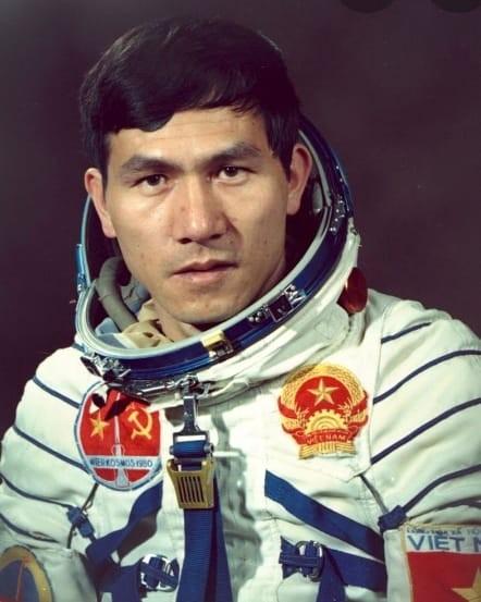 Anh hùng Phạm Tuân là người Việt Nam và châu Á đầu tiên bay vào vũ trụ