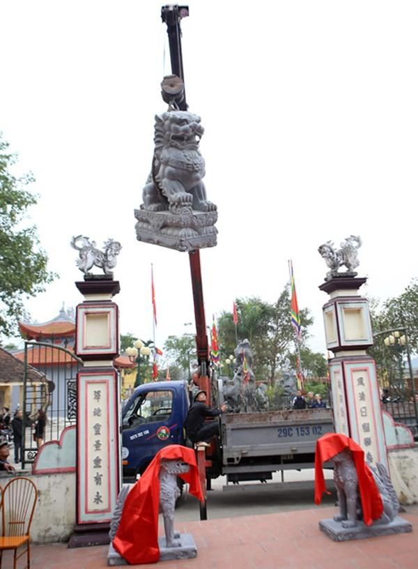 Làng nghề Trạch Xá di dời sư tử đá ngoại lai, đón nhận nghê Việt ảnh 1