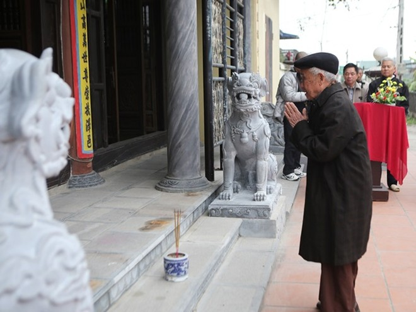 Làng nghề Trạch Xá di dời sư tử đá ngoại lai, đón nhận nghê Việt ảnh 2