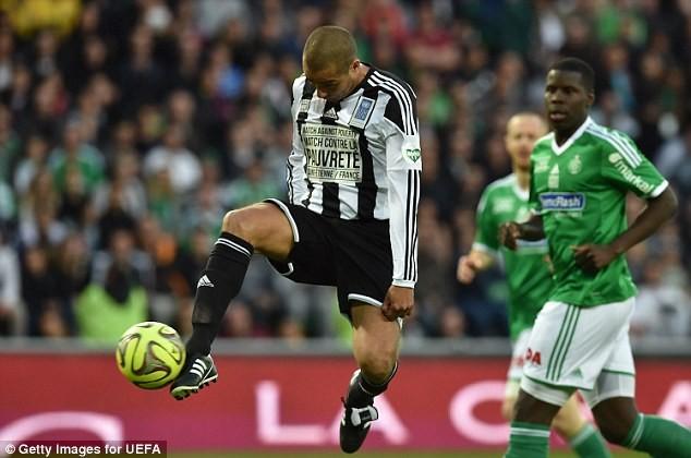 """Chùm ảnh Zidane, Ronaldo """"béo""""... tái xuất sân cỏ ảnh 6"""