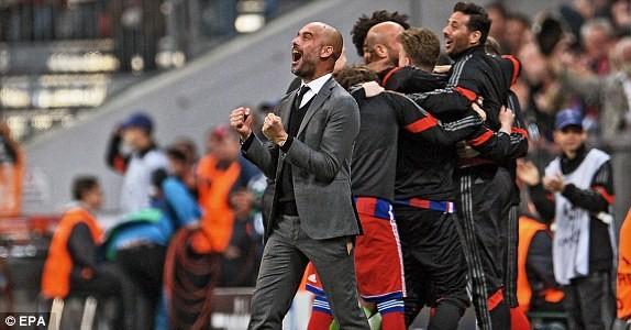 Sự cố hài hước trong trận Bayern thắng Porto 6-1 ảnh 1