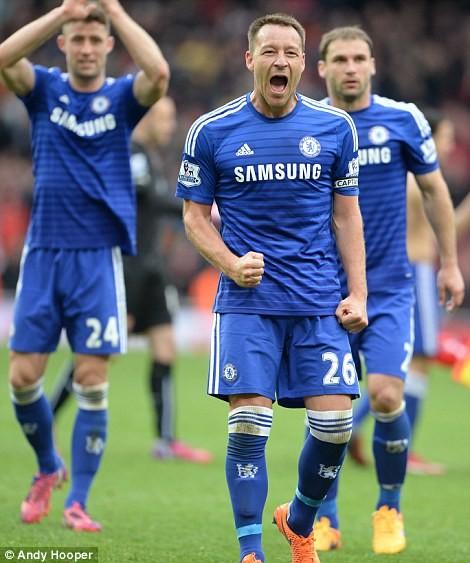 Chelsea tiến sát ngôi vương, M.U thua tủi hổ ảnh 4