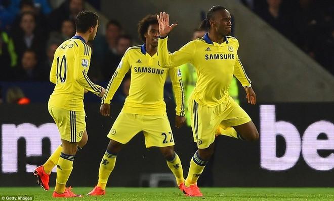 Thắng trận đá bù, Chelsea còn cách chức vô địch đúng 3 điểm! ảnh 1
