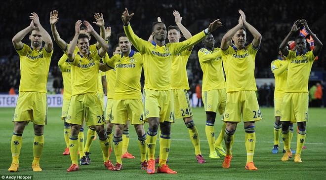 Thắng trận đá bù, Chelsea còn cách chức vô địch đúng 3 điểm! ảnh 2