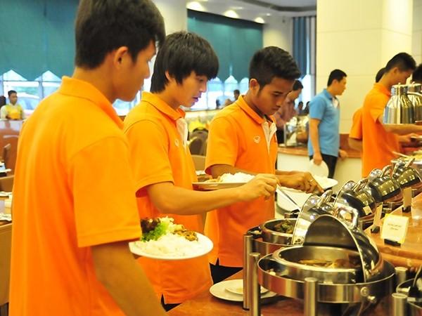 Hé lộ thực đơn siêu hấp dẫn cho VĐV dự SEA Games ở Singapore ảnh 1
