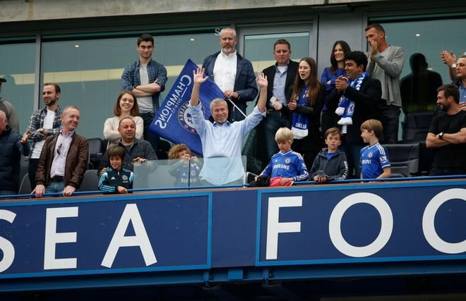 Chùm ảnh Chelsea tưng bừng nhận Cúp vô địch ảnh 9
