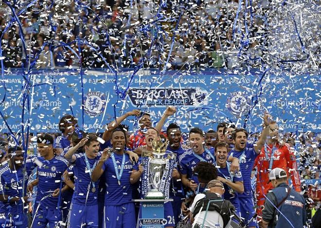 Chùm ảnh Chelsea tưng bừng nhận Cúp vô địch ảnh 2
