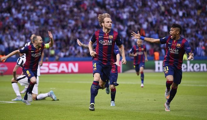 """""""Dừng hình"""" đêm đăng quang để đời của Barcelona ảnh 4"""