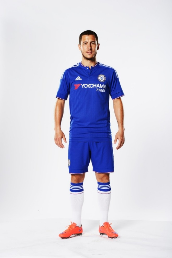 Sao Chelsea cực ngầu khi ra mắt áo đấu hoàn toàn mới ảnh 7