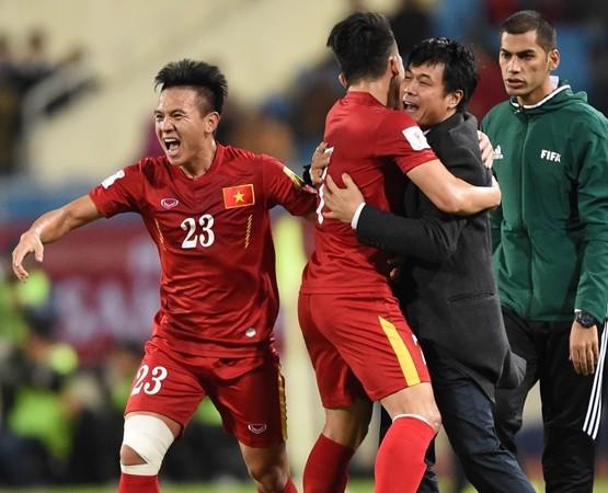 HLV Hữu Thắng giúp tuyển Việt Nam thăng hạng FIFA ảnh 1