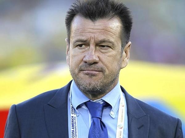 HLV Dunga đã không còn nắm quyền ở đội tuyển Brazil