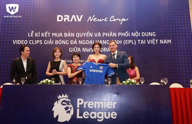 Lễ ký kết giữa DRAV và NWS chiều 12-8