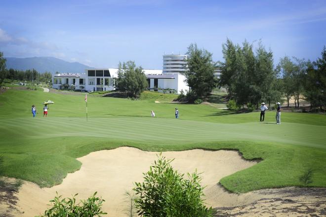 FLC Quy Nhơn Golf Links rất hấp dẫn với 18 hố mới do Schmidt-Curley thiết kế