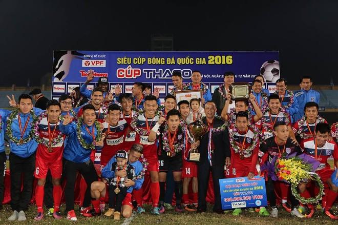Chức vô địch Siêu cúp quốc gia đầu tiên của đội bóng đất Mỏ