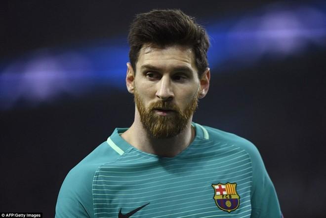 Người ta không hiểu chuyện gì đã xảy ra với số 10 của Barca khi anh gần như mất hút trên sân