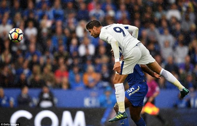 Morata một lần nữa dùng cái đầu để đặt dấu ấn