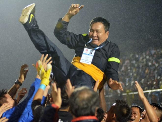 Quảng Nam lần đầu vô địch V-League với kịch bản thót tim