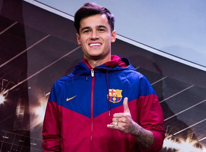 Coutinho tươi rói trong màu áo Barca