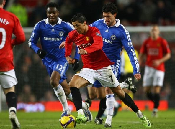 Nếu trở lại Anh, Ronaldo sẽ chọn Chelsea thay vì M.U