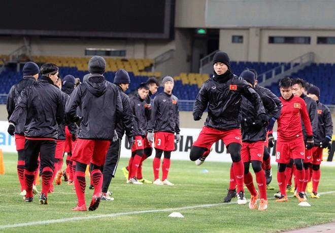 U23 Việt Nam đã dần thích nghi với thời tiết lạnh giá tại Côn Sơn (Ảnh: Nhật Nhật)