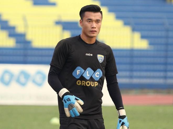 Thủ môn Bùi Tiến Dũng đã trở nên rất nổi tiếng sau giải U23 châu Á