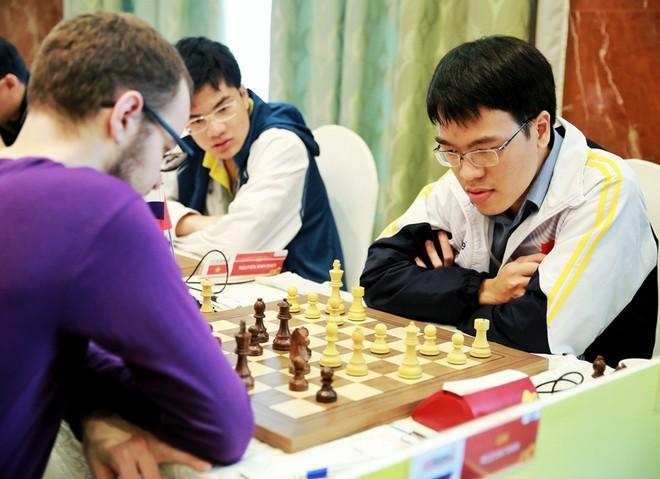 Cuộc đấu trí giữa Lê Quang Liêm và Rozum Ivan