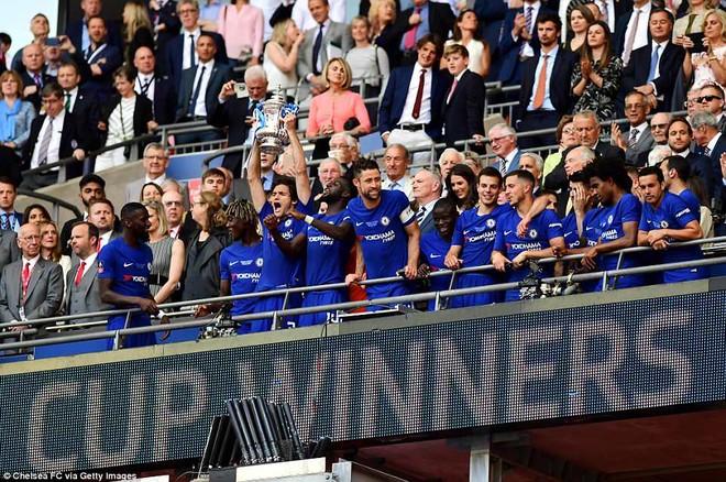 Chelsea vô địch cúp FA một cách xứng đáng