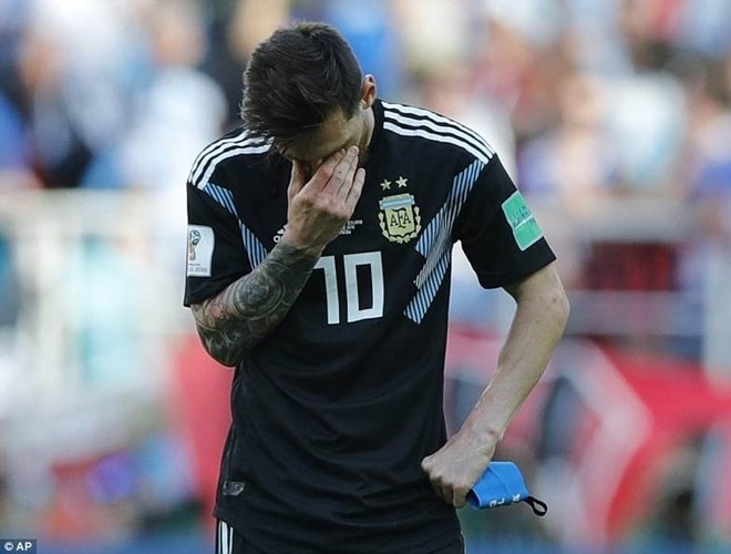 Messi hoàn toàn không thoải mái và tự tin khi đá những quả 11m