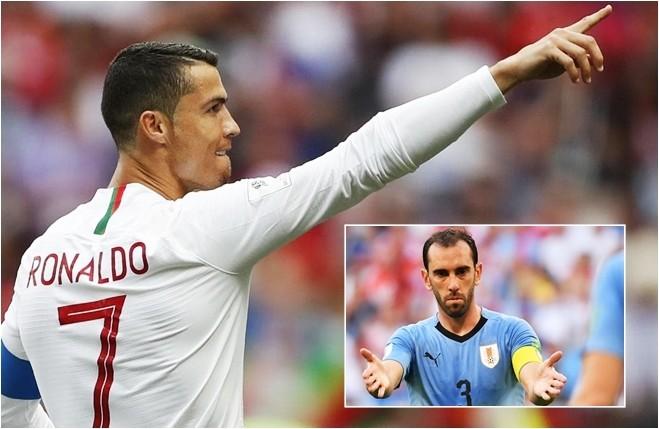 Godin (ảnh nhỏ) đã quá quen với việc vô hiệu hóa Ronaldo