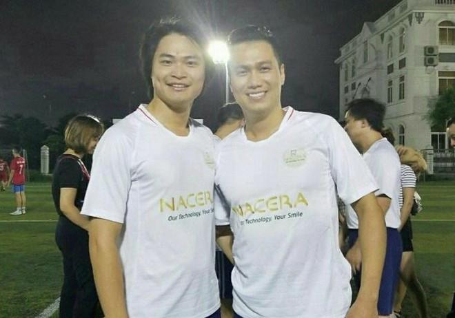 Diễn viên Việt Anh (phải) trong màu áo Nacera