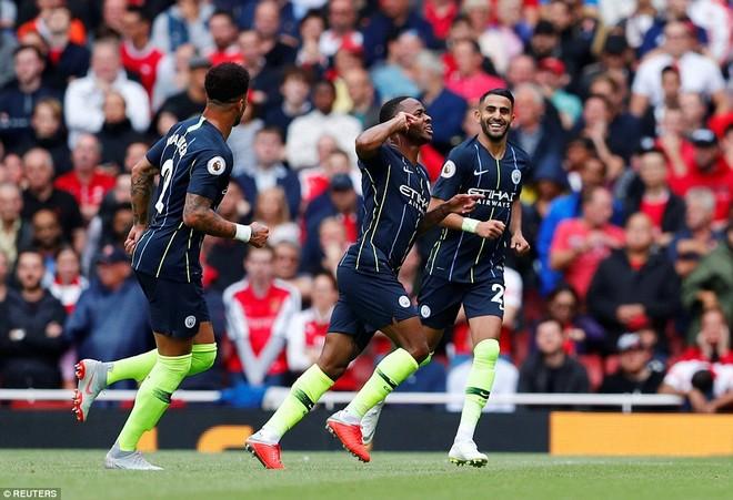 Man City quá mạnh so với Arsenal