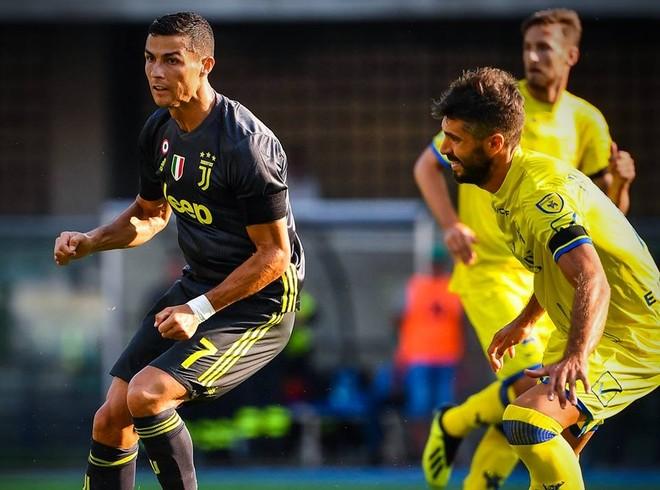 Dù sao, Ronaldo đã có trận ra mắt không quá tệ