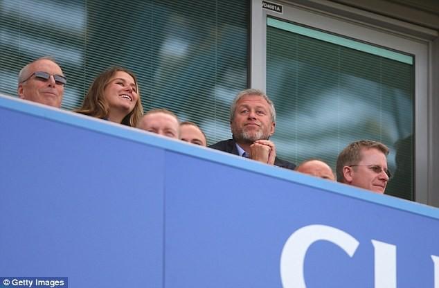 Roman Abramovich được biết đến như một người yêu Chelsea hết lòng