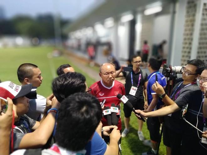 HLV Park Hang-seo trả lời truyền thông Việt Nam trước trận tứ kết với Syria