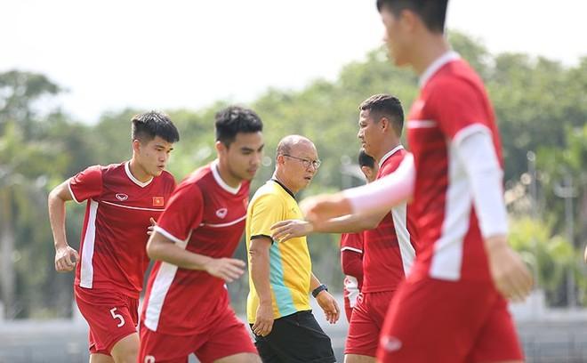 Thầy trò HLV Park Hang-seo thích nghi nhanh với thời tiết ở Kuala Lumpur