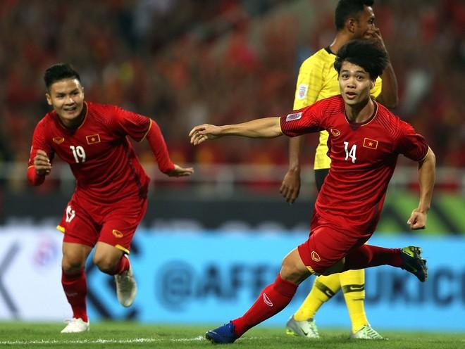 Việt Nam từng thắng Malaysia 2-0 ở vòng bảng AFF Cup 2018 trên sân Mỹ Đình