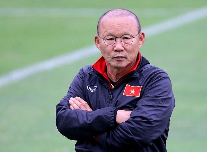 HLV Park cam kết tương lai với bóng đá Việt Nam (Ảnh: Vũ Vy)