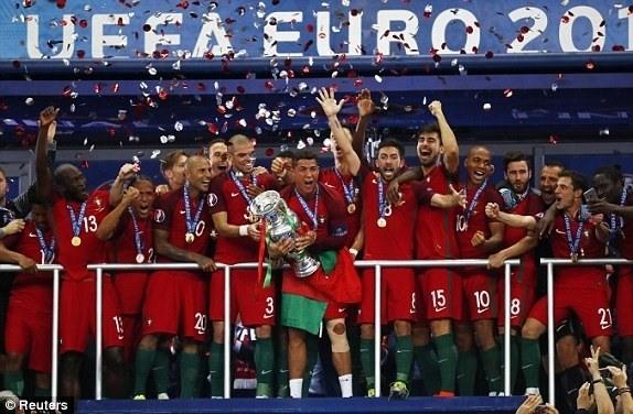 Người hâm mộ mơ Việt Nam trở thành Bồ Đào Nha của Asian Cup