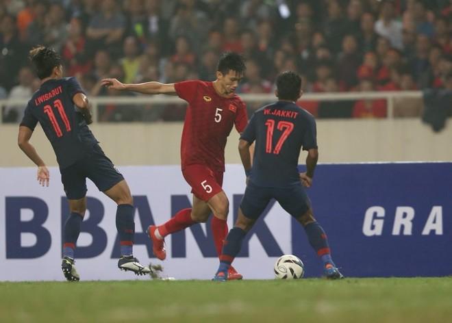 Cùng với Quang Hải, Đoàn Văn Hậu là một trong những cầu thủ thuận chân trái nổi bật nhất Việt Nam hiện tại