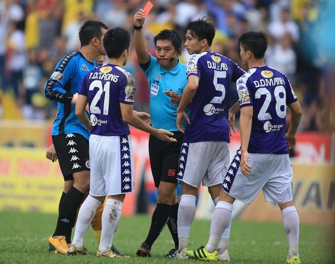 Hà Nội FC vừa trải qua trận đấu đáng thất vọng trên sân Thanh Hóa (Ảnh: Vũ Vy)