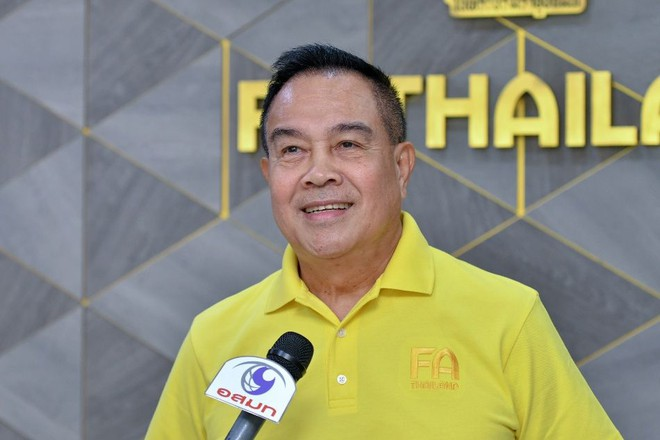 Chủ tịch FAT Somyot Poompanmoung