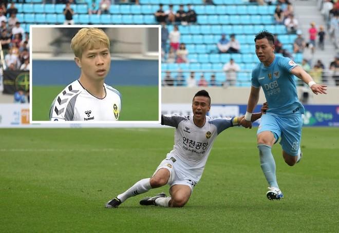 Công Phượng (ảnh nhỏ) không thể giúp Incheon Utd (trắng) tiếp tục thoát thua