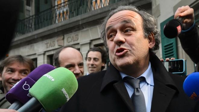 Cựu chủ tịch LĐBĐ châu Âu (UEFA) Michel Platini bị bắt là tin không vui với Qatar