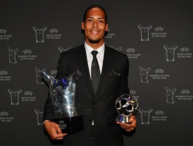 Van Dijk xứng đáng với danh hiệu Cầu thủ hay nhất năm sau một mùa giải xuất sắc vượt bậc