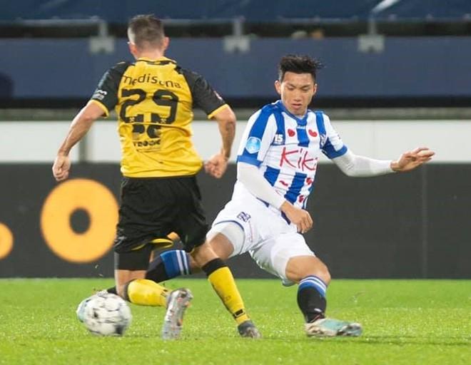 Đoàn Văn Hậu được SC Heerenveen giữ lại vì tương lai của anh