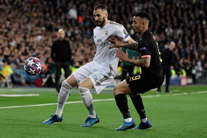 Man City (đen) lấn lướt đội chủ nhà Real Madrid